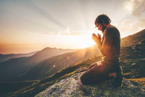 神社参拝の深い意味・・・神社は「自分=神」を自覚する場所でもある?