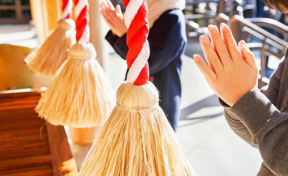 神社参拝のスピリチュアルな意味&正しいお願いの仕方の極意