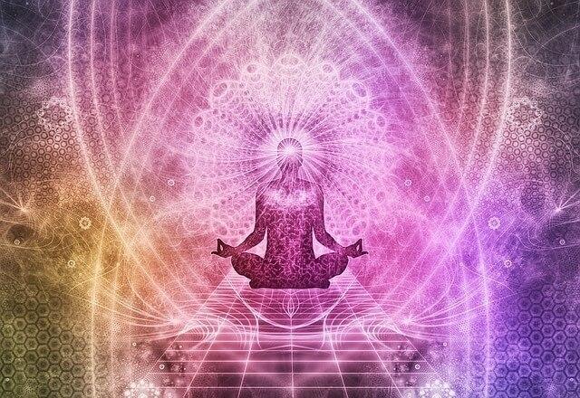 全てのネガティブを変容!紫の炎のマントラの効果&具体的な意味を解説!